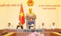 Pembukaan persidangan ke-15 Komite Tetap MN Vietnam