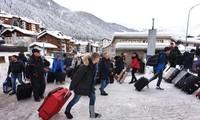 Forum Davos 2018 : Banyak perbahasan sebelum konferensi harus ditunda dan dibatalkan karena tebalnya salju