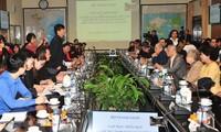Acara temu muka para diplomat Vietnam dari berbagai generasi sehubungan dengan peringatan ultah ke-45 Hari penandatanganan Perjanjian Paris