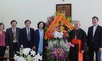 Propinsi Gerejani Hanoi memberikan banyak sumbangan dalam membangun dan mengembangkan Tanah Air