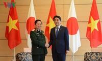 Vietnam dan Jepang menandatangani Pernyataan Visi Bersama tentang kerjasama pertahanan