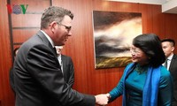 Wapres Vietnam, Dang Thi Ngoc Thinh melakukan pertemuan dengan pemimpin negara bagian Victoria, Australia