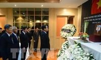 PM dan Menlu Thailand berziarah kepada Presiden Viet Nam, Tran Dai Quang