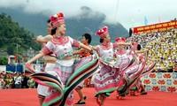 Banyak aktivitas pada Pesta budaya etnis-etnis minoritas daerah Timur Laut