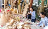 Festival Kerajinan Tradisional Hue tahun 2019: Tempat menghidupkan kembali dan mengembangkan usaha kerajinan tradisional