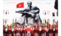 "Program kesenian khas ""Bulan Mei mengenangkan jasa Presiden Ho Chi Minh"""