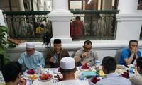 Bulan Ramadhan umat Islam Indonesia di Kota Hanoi