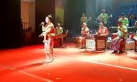 Rombongan kesenian Laos memperkuat temu pergaulan dan belajar pengalaman di Festival Musik ASEAN