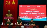 "Simposium: ""Jurnalis tentara berteladan pada jurnalis Ho Chi Minh"""