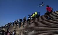 Masalah migran: AS mengeluarkan perintah melarang permintaan minta suaka terhadap  kaum migran yang menerobos perbatasan dari Meksiko