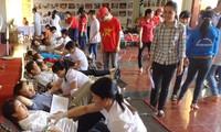 """Program """"Perjalanan Darah Merah"""" dan acara memuliakan para penyumbang darah sukarela berlangsung di Provinsi Dien Bien"""