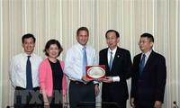 Kota Ho Chi Minh dan Grup Intel memperhebat kerjasama untuk bersama-sama berkembang