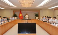 Memperhebat penggelaran pembangunan E-government
