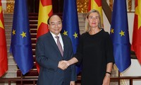 PM Nguyen Xuan Phuc menerima Wakil Presiden Komisi Eropa