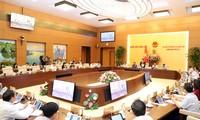 Komite Tetap MN Vietnam mempelajari rancangan Resolusi tentang penjelasan beberapa pasal dalam UU mengenai Perancangan