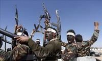 Kaum pembangkang Houthi memberitahukan bahwa Arab Saudi melakukan banyak serangan udara