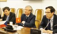 Mendorong hubungan Vietnam – Republik Czech menjadi lebih substantif, efektif dan intensif