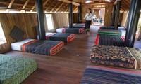 Mengunjungi obyek wisata di Kabupaten Krong Ana, Provinsi Dak Lak