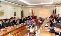 Kedutaan Besar Vietnam di Kamboja memperingati ultah ke-90 berdirinya PKV