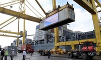 Total nilai impor-ekspor seluruh negeri pada bulan Januari mencapai lebih dari 36,6 miliar USD