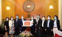 Orang Vietnam di luar negeri mendukung usaha melawan Covid-19