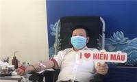 VOV menyambut gerakan menyumbangkan darah sukarela