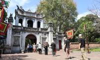 Situs-situs peninggalan sejarah di Kota Hanoi pada hari pertama dibuka kembali