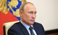 Presiden Rusia memperingatkan gelombang wabah Covid-19 yang kedua