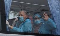 Memulangkan dengan aman lebih dari 300 warga Vietnam dari Eropa dan Afrika  ke Tanah Air