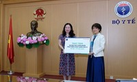 Kementerian Kesehatan Vietnam menerima 50.000 kit tes medis SARS-CoV-2