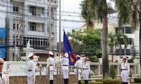Laos mengadakan upacara bendera sehubungan dengan peringatan ultah ke-53 Berdirinya ASEAN