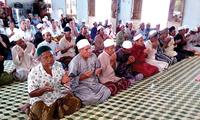 Warga etnis minoritas Cham merayakan bulan Ramadhan