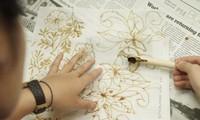 Teknik Mencanting Batik Tradisional Indonesia