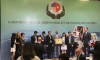 34 Vietnamese enterprises receive Amcharm CSR awards