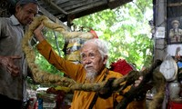 Local elderly man with five-metre long hair among strangest photos of the year
