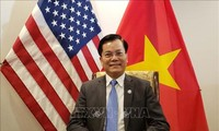 Ambassador talks with US Congressman on COVID-19 vaccine production, hate crimes, East Sea