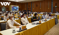 Prime Minister Pham Minh Chinh chairs 15th Government's first meeting