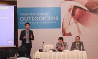 АБР: Вьетнам должен активизировать реструктуризацию экономики для стимулирования роста