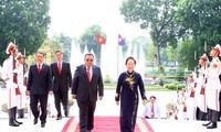 Вьетнам и Лаос укрепляют традиционную дружбу, особую солидарность и сотрудничество