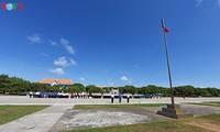 Торжественная церемония поднятия флага и построение войск в островном уезда Чыонгша