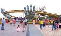 В новогодние дни значительно увеличилось количество туристов в Хюэ, Дананге и Куангнаме