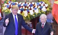 Руководители Вьетнама приняли президента США Дональда Трампа