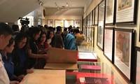 Представлены экспонаты, подтверждающие суверенитет Вьетнама над островами Хоангша и Чыонгша