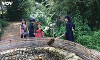 Селение народности Таи в провинции Тхайнгуен сохраняет в первозданном виде культурные традиции