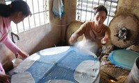Донгбинь –деревня с более чем 100-летней историей по производству съедобной рисовой бумаги в провинции Фуиен