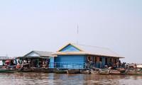 Thêm một ngôi trường mới cho học sinh Việt kiều trên Biển Hồ