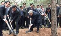 Tổng Bí thư Nguyễn Phú Trọng phát động Tết trồng cây Xuân Giáp Ngọ 2014