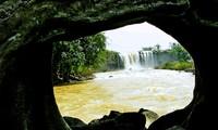 Việt Nam phát hiện hang động núi lửa dài nhất Đông Nam Á