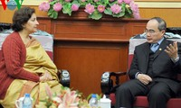 Chủ tịch Uỷ ban Trung ương Mặt trận Tổ quốc Nguyễn Thiện Nhân tiếp Đại sứ Ấn độ tại Việt Nam