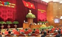 Ngày làm việc đầu tiên Hội nghị lần thứ 12 Ban Chấp hành Trung ương Đảng khóa XI